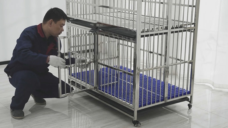 MRC-123 Mother running cage